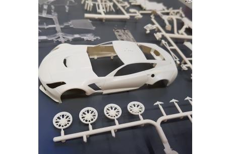 Carrocería A7R GT3 en Kit Blanco.