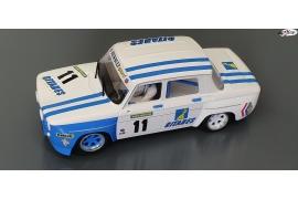 Renault 8 Gordini Gitanes.