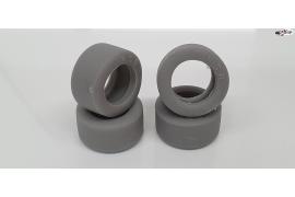 Neumático trasero WRE 20 x 10 mm