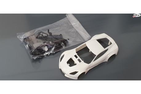 Corvette C7R body