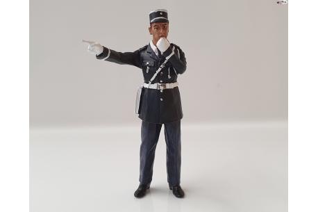 Figura Andre Policeman pintado